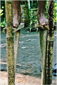 egrang-bambu